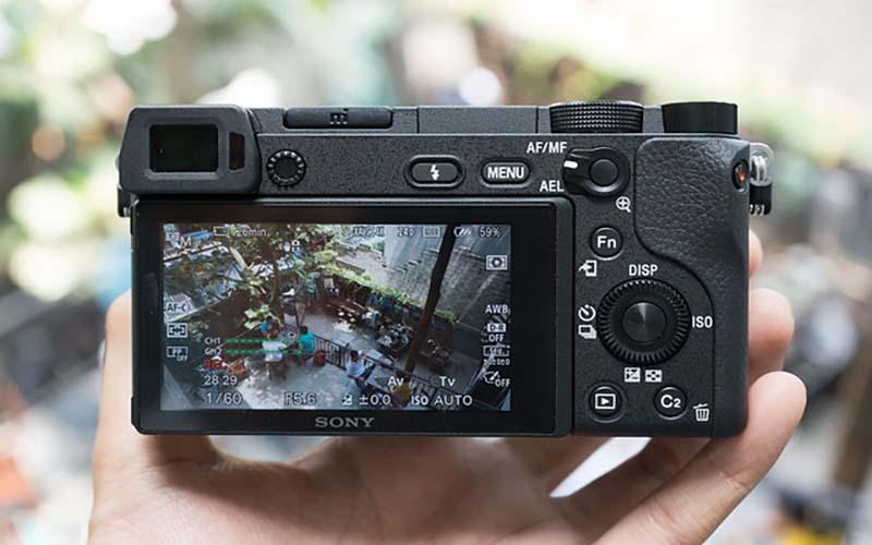 Mua máy ảnh Mirrorless của Sony
